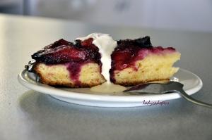 plum cake slice 2