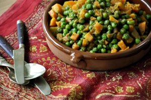 CARROT AND PEA CURRY served