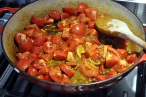 eggs tomato curry sauce