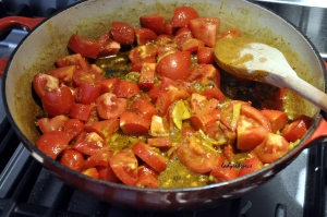 eggs tomato curry sauce