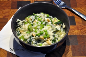 green peas risotto served