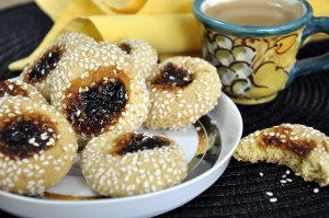 Sesame Coated Jam Drops served 2