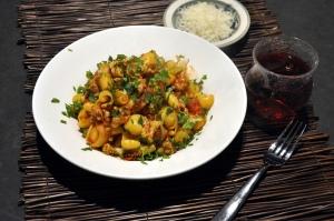 fennel saus pasta sauce served
