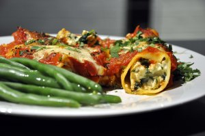 Spinach Ricotta Canneloni served