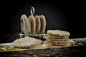 oat and walnut crackers