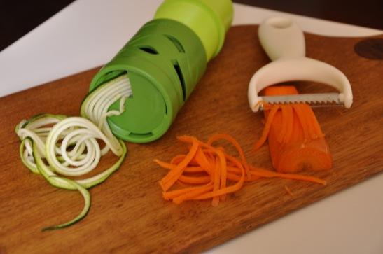 vegie spiralizer and julienne peeler
