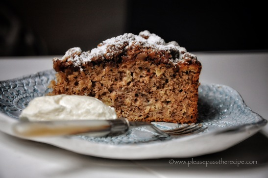apple streusal cake