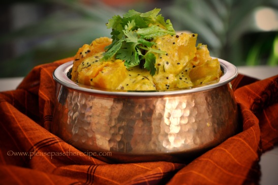 Spicy pumpkin, coconut and curry leaf