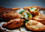 potato and pea samosas
