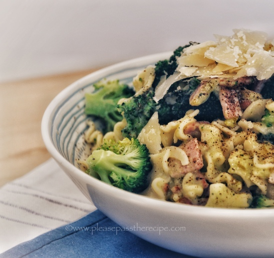 broccoli, bacon and pine nut pasta